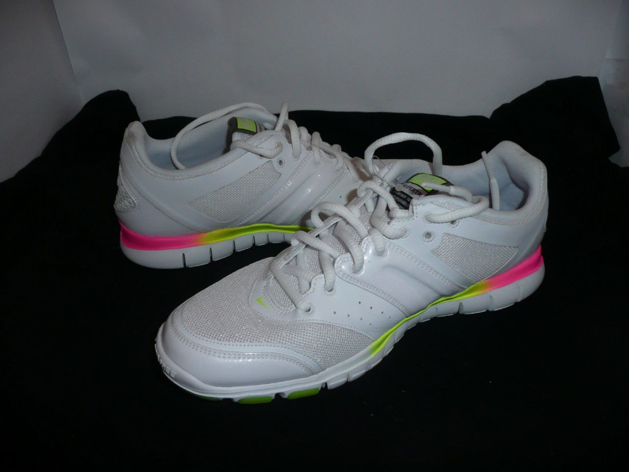 LADIES-NIKE-FREE-HYPER-TR-RUNNERS-WHITE-YELLOW-PINK-NEW