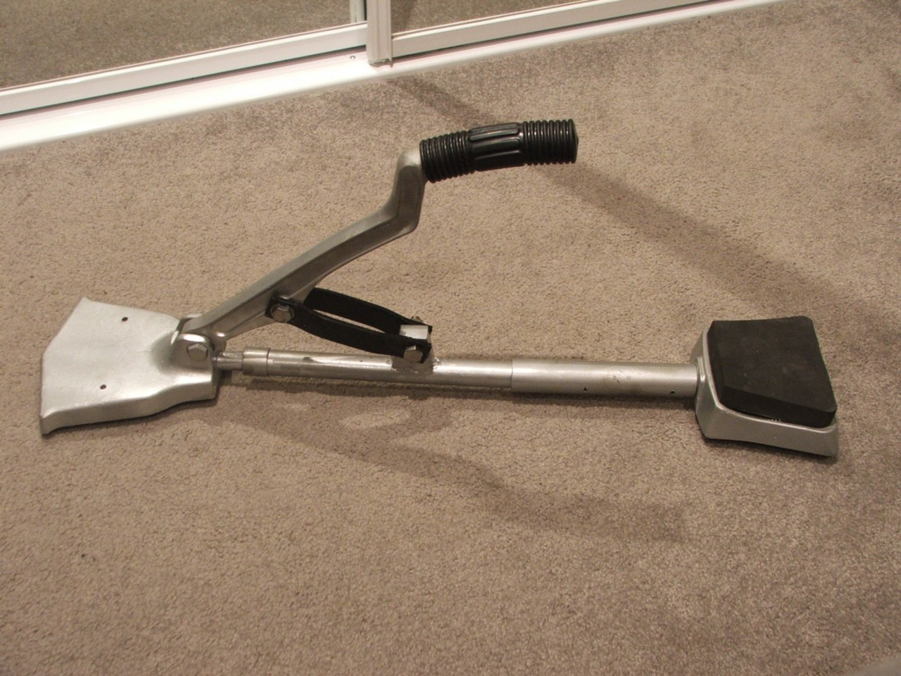 Carpetlayers Power Stretcher Knee Kicker Carpet Tools | eBay