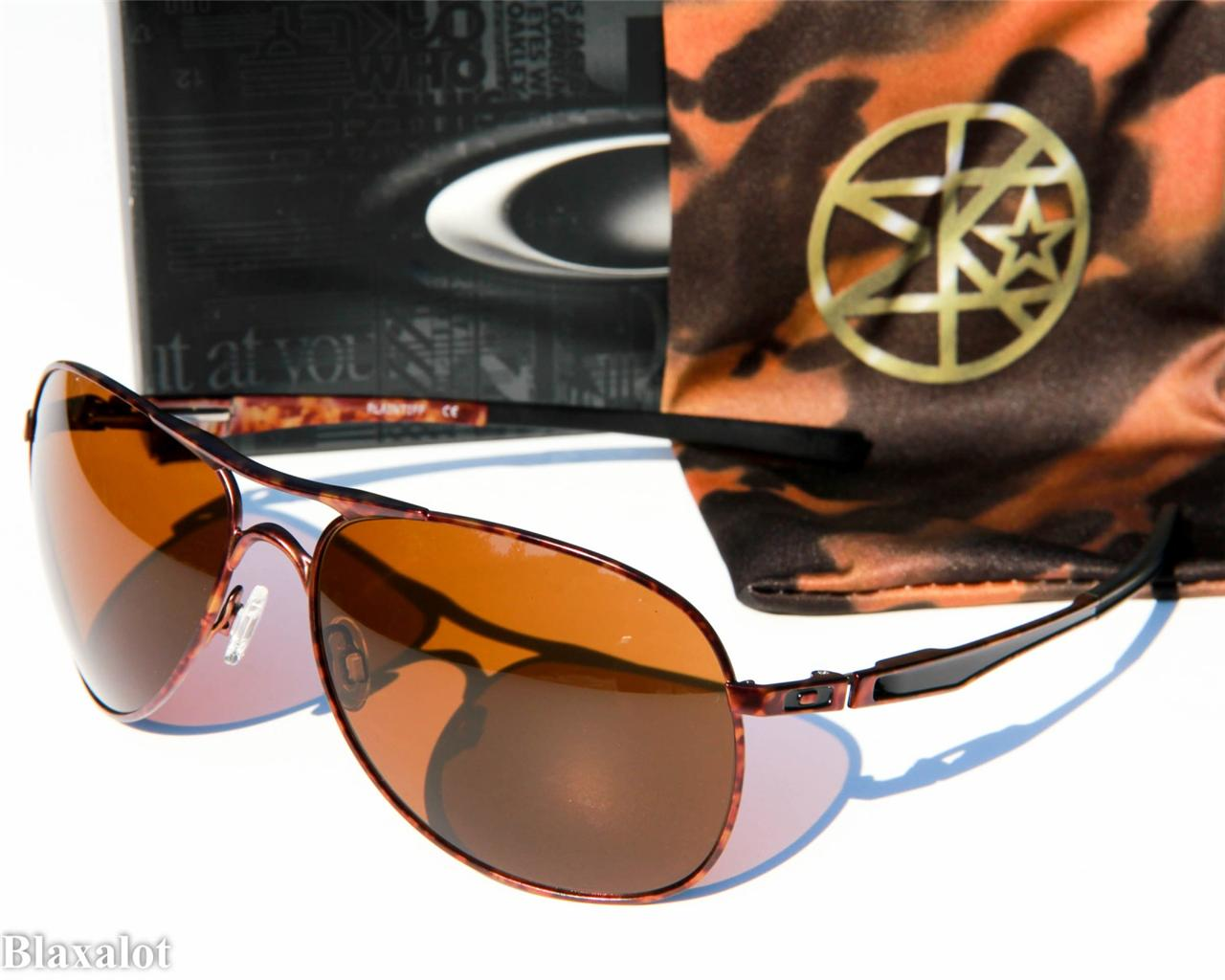 camo oakley radarlock  oakley plaintiff