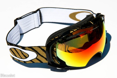 oakley a frame goggles  oakley airbrake