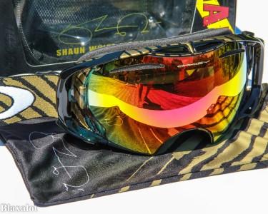 oakley hi yellow goggles  oakley airbrake