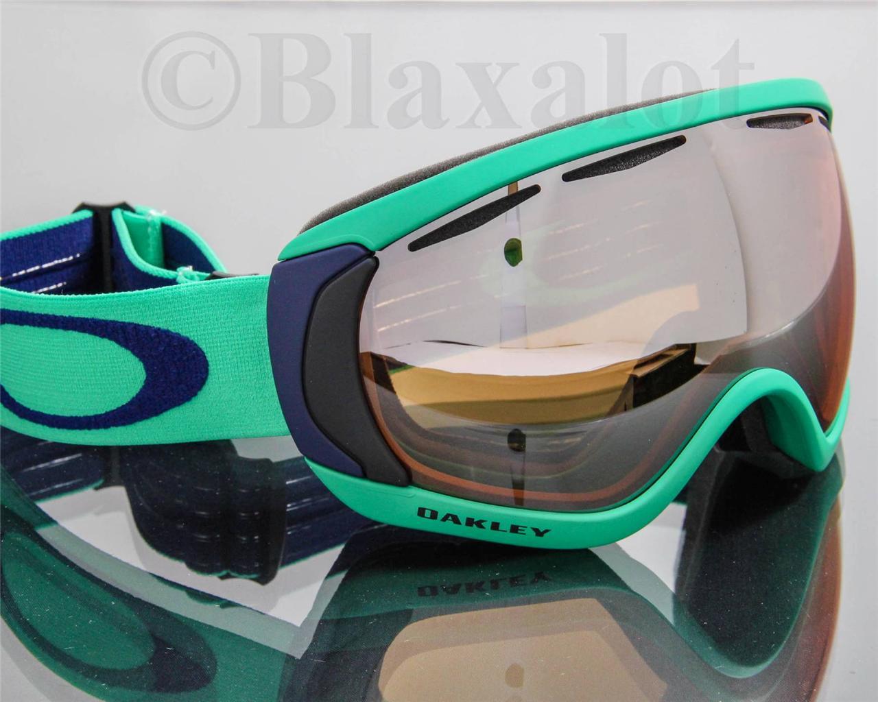 Oakley Snow Goggles Green