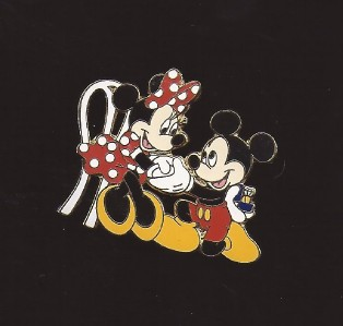 disney mickey mouse proposing to minnie mouse wedding ring pin