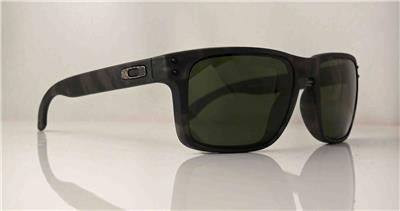 oakley matte black holbrook liyn  BRAND NEW FALLOUT COLLECTION OAKLEY HOLBROOK