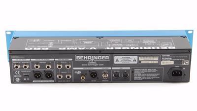 Behringer V Amp Pro Rack Mount Guitar Effects Processor Pd