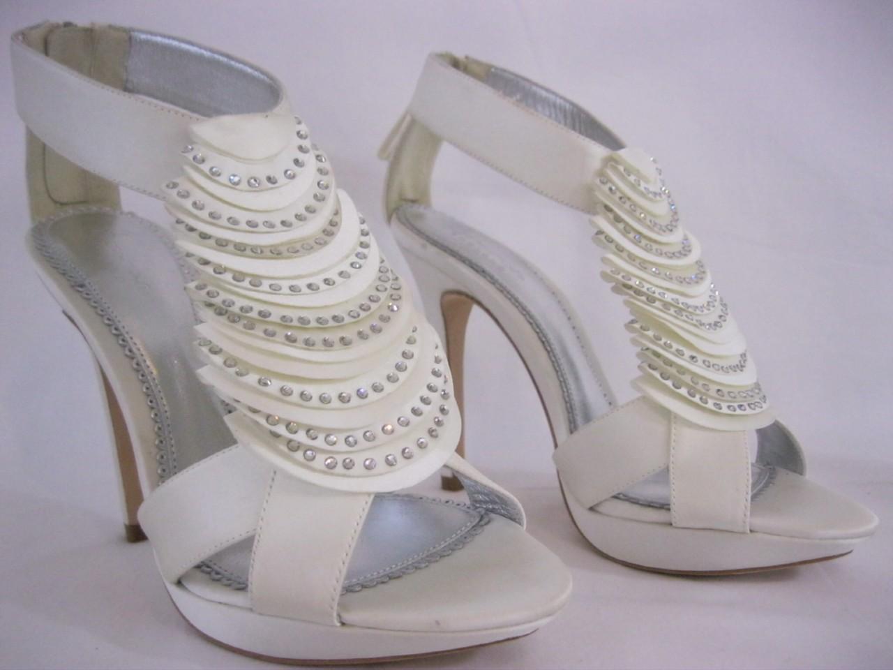 Bourne Ivory Georgia GBP151 Bridal Shoe Diamante Cristal Encrusted Petal T Bar 3 8