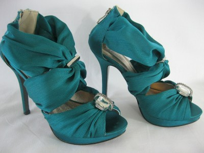v t collection 3 8 teal green satin matching shoes