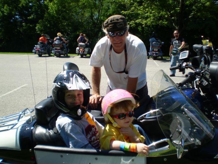 Carrie&Jacob Side Car_Ride4Kids2008