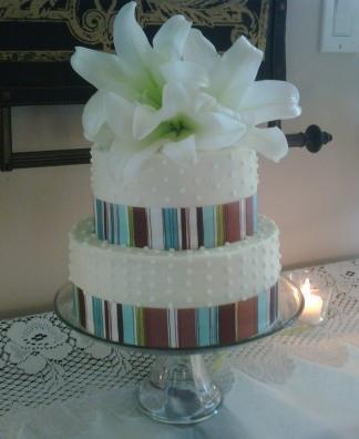 Wedding cake 4-09