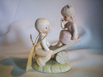 Lady Lindas Loft figurine