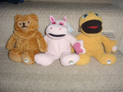 IN NEW CONDITION COMPLETE AND ZIPPY AND GEORGE HAVE THEIR ORIGINAL TAGS. ZIPPY AND BUNGLE TALK WHEN YOU PRESS THEIR TUMMYS