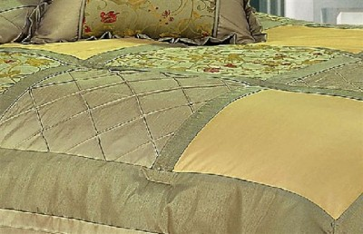 Comforter Queen  on New  Lina  7 Piece Queen Comforter Set   Ensemble   Ebay