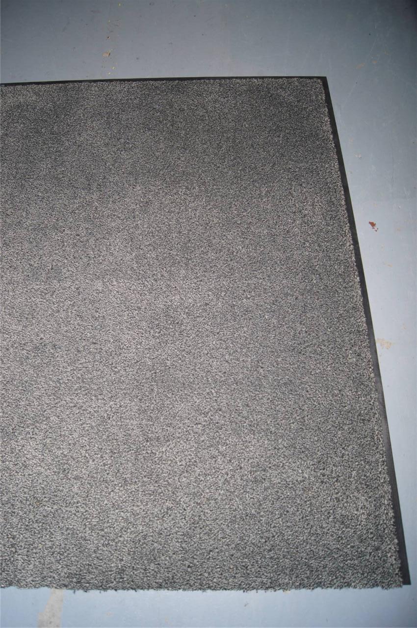 dirt trapper mat rug runner non slip dog barrier floor. Black Bedroom Furniture Sets. Home Design Ideas