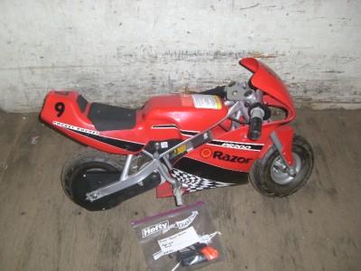 Razor       Pocket       Rocket    Red Miniature    Electric    Bike For parts or Repair   eBay