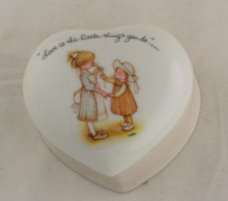 vintage porcelain box, Holly Hobbie, heart