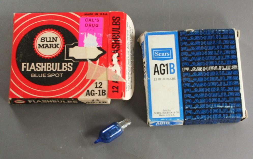 vintage flashbulbs, AG1B, Sears, Sun Mark