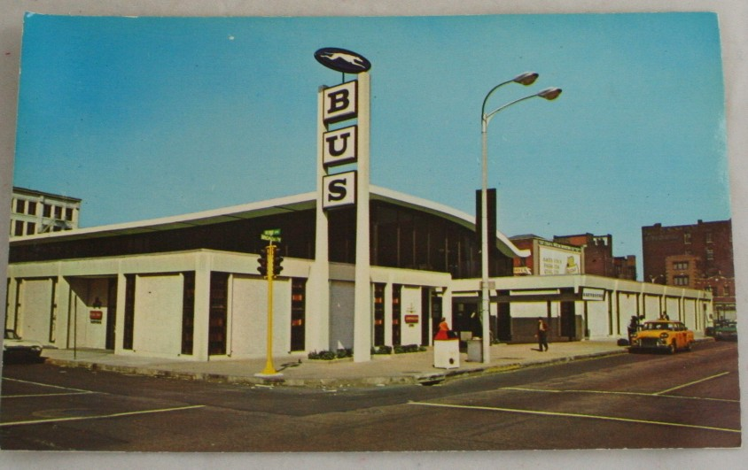 vintage postcard,St. Louis,Missouri,bus,Greyhound terminal