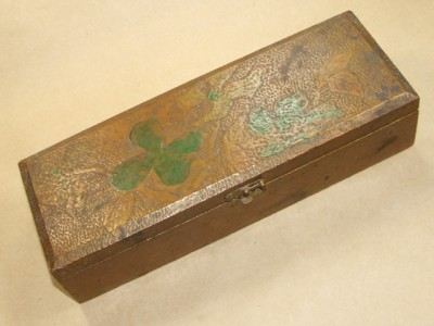 Flemish 681 http://www.ebay.com/itm/Antique-Flemish-Textured-Wooden-Jewelry-Trinket-Box-/250851107509