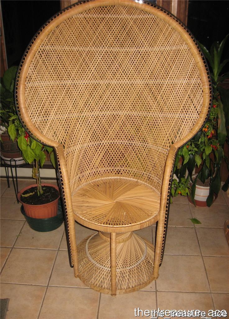 Used Once Wicker Peacock Fan Back Chair Hollwood Regency