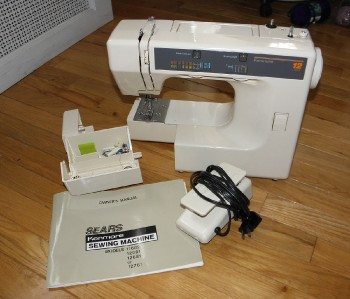 Sears kenmore sewing machine 12 stitch model for Machine a coudre kenmore modele 385