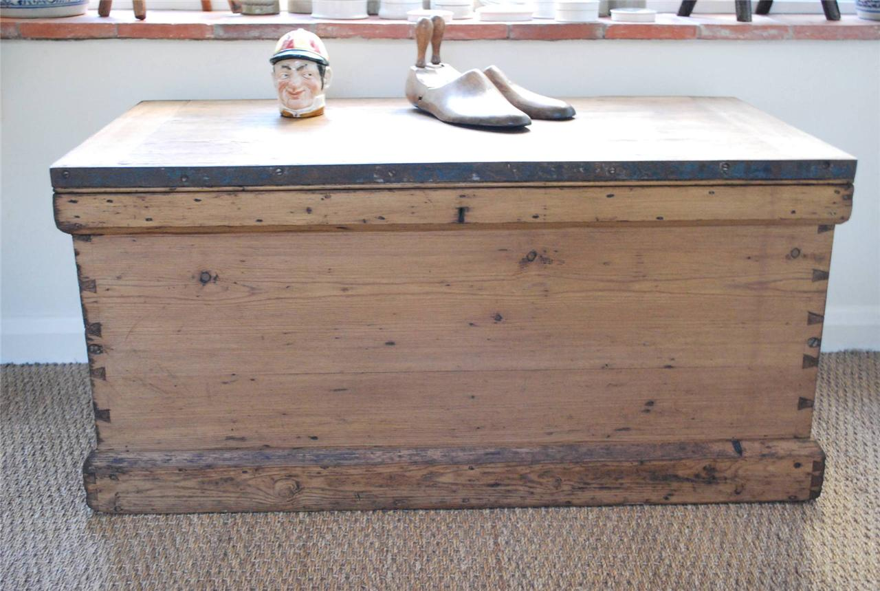 Large Vintage Pine Box Chest Trunk Coffee Table Blanket Box Ebay