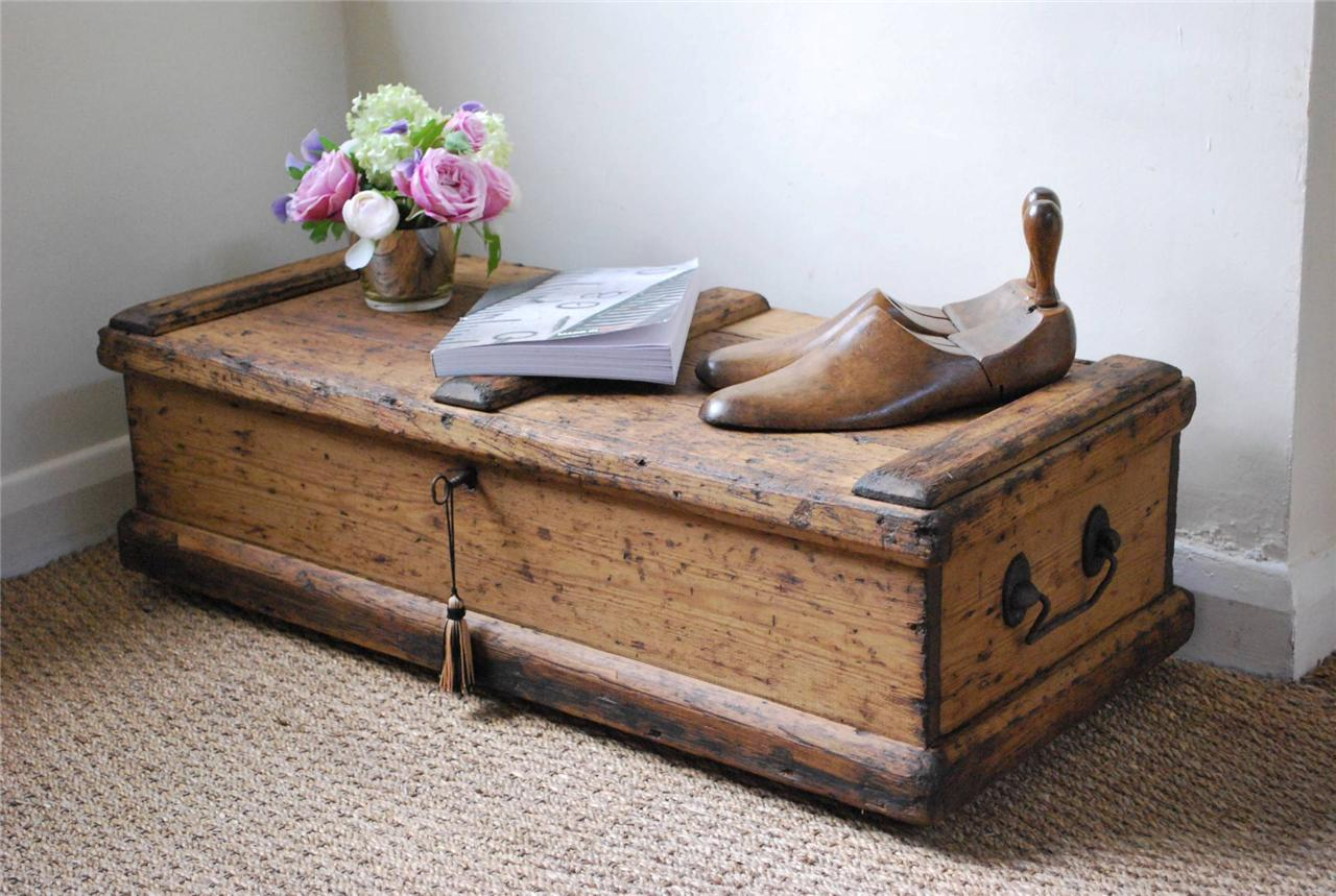 Vintage Rustic Pine Box Chest Trunk Coffee Table Lock Key Ebay
