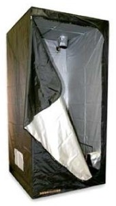 Does anybody have any experience using this for photography. The model I was looking at is the same size as the nova tent.  sc 1 st  Rangefinderforum & makeshift darkroom tent - Rangefinderforum.com