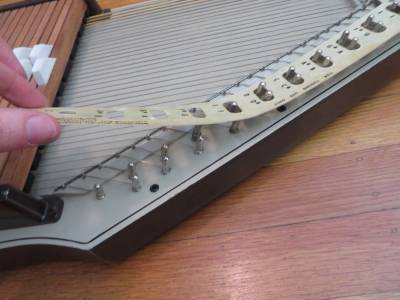 162848 together with Viewtopic as well  likewise 121579695306 further  on oscar schmidt autoharp string post
