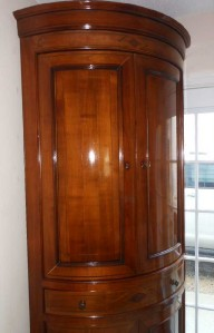 beautiful roche bobois solid cherry wood corner armoire made in italy ebay. Black Bedroom Furniture Sets. Home Design Ideas