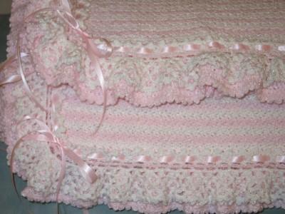 Free Crochet Pattern Heirloom Baby Blanket : HEIRLOOM RUFFLES BABY BLANKET PATTERN Sewing Patterns ...