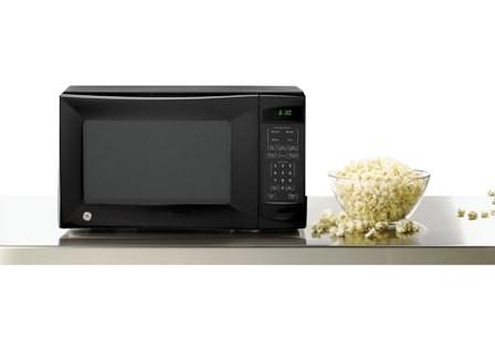 GE 1100 Watt 1.1 Cubic Feet Microwave Oven JES1142SJ/ 1142WD