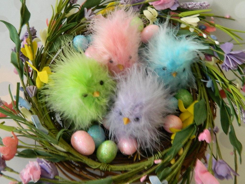 Pastel Feather Peep Chicks Spring Easter Basket Wreath