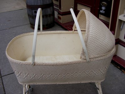 Vintage White Wicker Basket Baby Infant Crib Cradle Brand