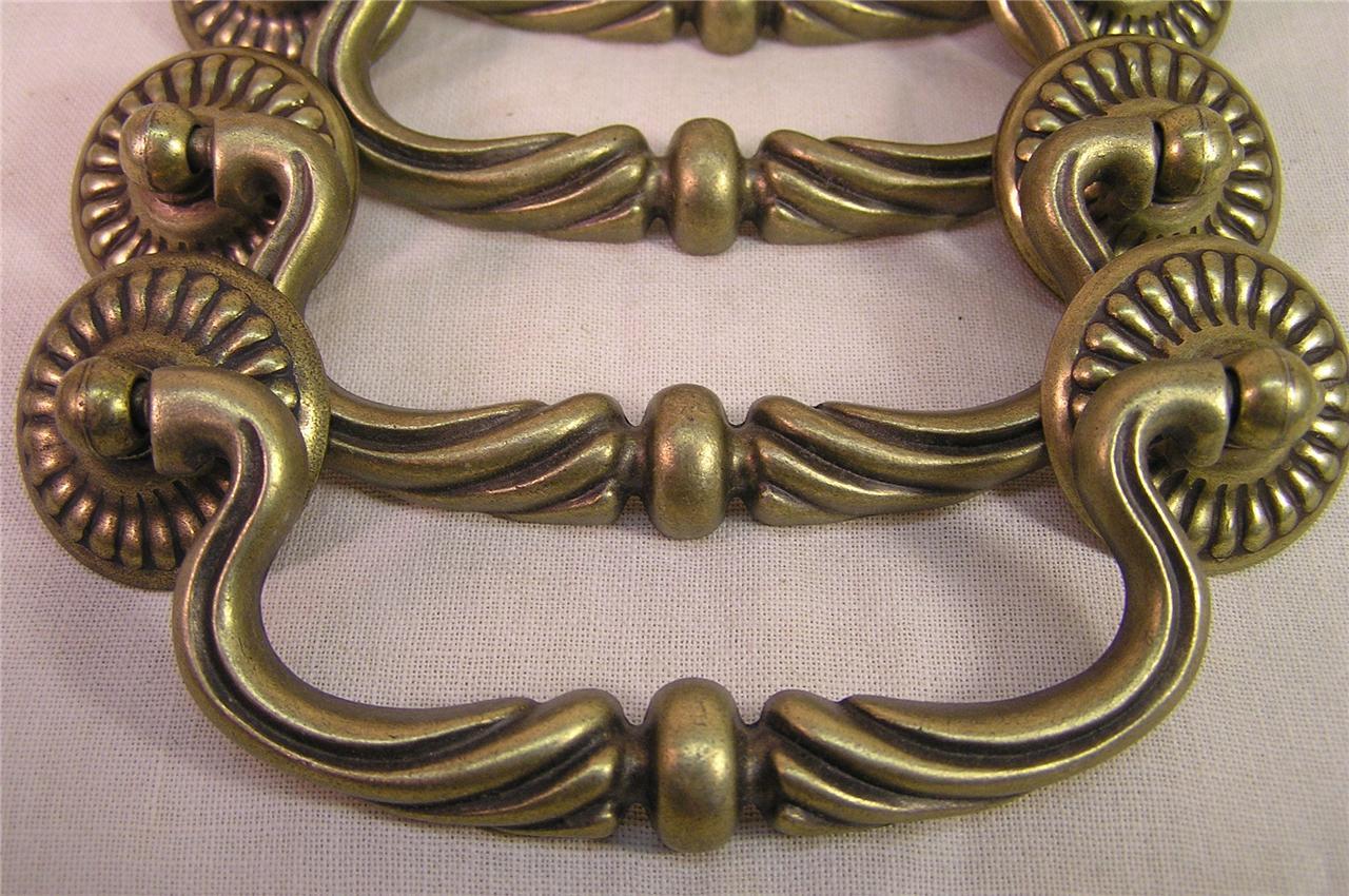 10 Vintage Style Brass Drawer Handles Pulls Knobs 4