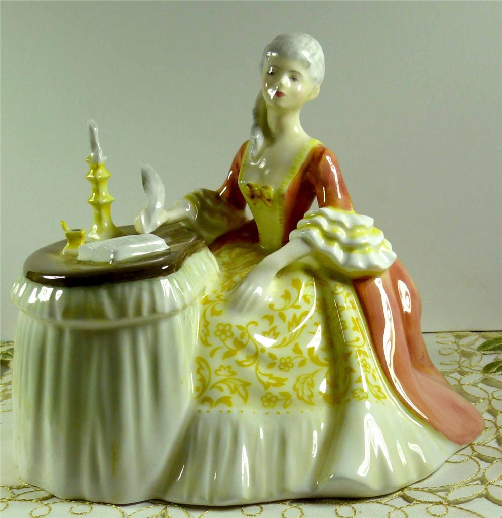 Dating royal doulton figurines