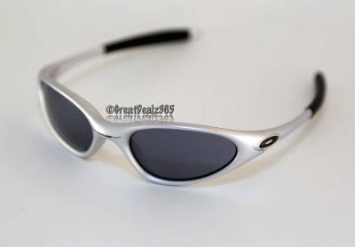 oakley minute sunglasses  RARE NEW OAKLEY MINUTE 1.0 2ND GENERATION FMJ 5.56 BLACK IRIDIUM ...