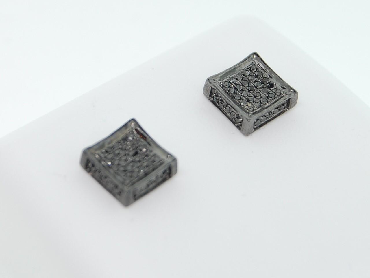 diamond square earrings Black