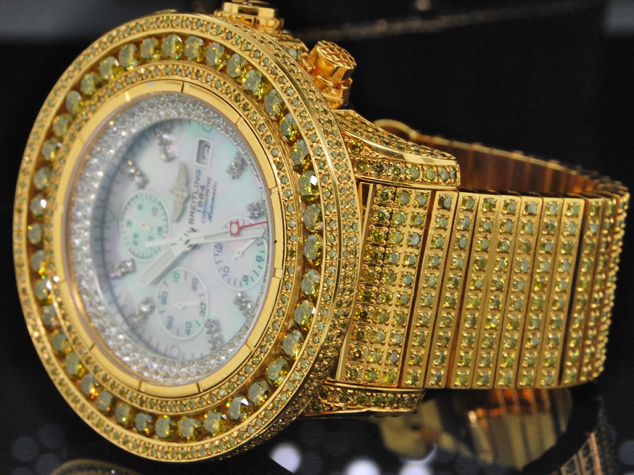 men custom breitling yellow diamond watch super avenger ebay. Black Bedroom Furniture Sets. Home Design Ideas