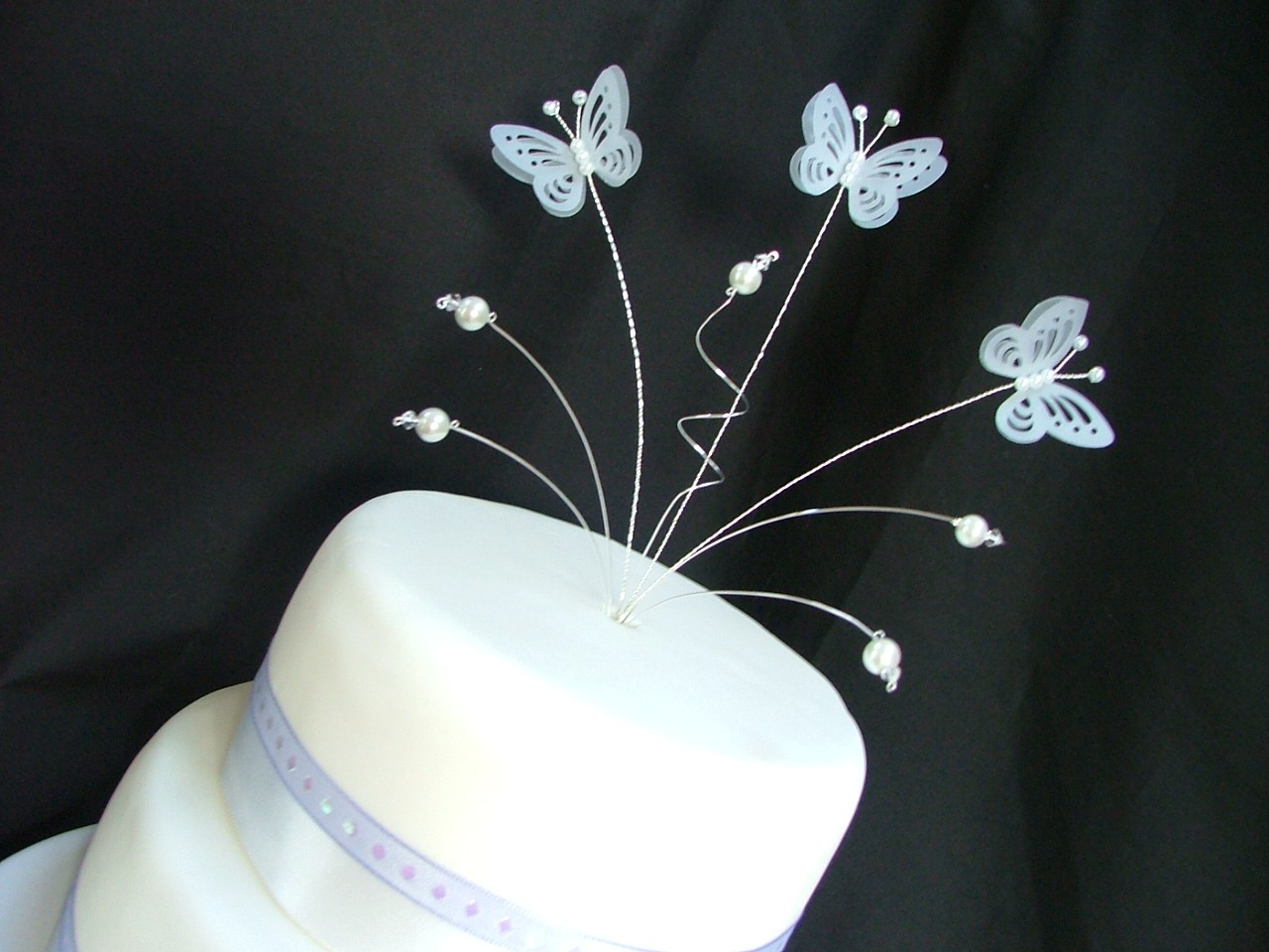 Butterfly Cake Decoration Uk : Butterfly wedding cake topper decoration all colours ...