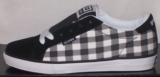 NEW-GLOBE-GIRLS-TEENS-SKATE-SHOES-SNEAKER-Sz-5-7-8-9-10