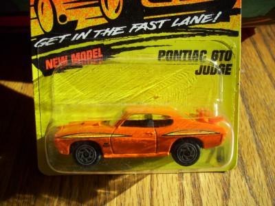 COOL Matchbox Car Pontiac GTO Judge Superfast Series