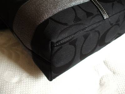 burberry wristlet outlet  or wristlet