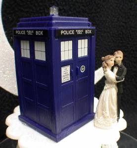 Bride Groom Wedding Cake Topper w DR WHO Doctor TARDIS phone