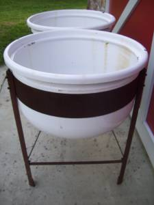 Double Wash Tub With Stand : ... about Antique Double Vtg Enamel WASH TUBS Garden Planter w/STAND