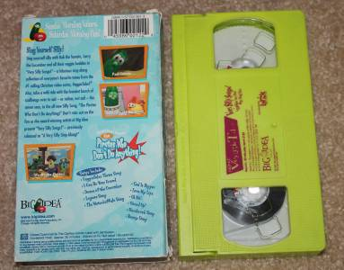 Veggietales 4 vhs quot the toy that saved christmas quot quot madame blueberry