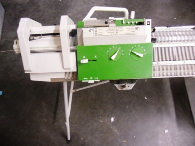 Purchasing second hand knitting machines