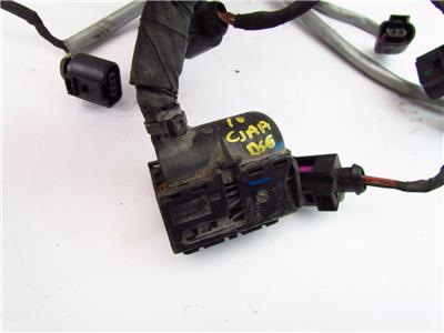 tdi engine wiring harness 2 0l cjaa w dsg vw jetta 10 11 used 2 0l tdi cjaa engine code w dsg engine wiring harness the connectors have some damaged locking clips harness is un cut one connector is broken shown