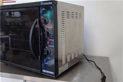 Moffat Turbofan E311 Countertop 1/2 size Electric Convection Oven ...