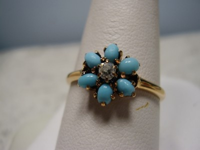 Beautiful Vintage 14K Rose Gold Opal and Diamond Ring