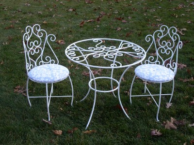 Wrought Iron Beds  Girls on Kids Table And Chairs Wrought Iron Tea Party Set New   Ebay